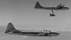 """Τα ιπτάμενα αεροπλανοφόρα… Η """"τρελή"""" ιδέα που δοκιμάστηκε και εφαρμόστηκε"""