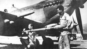 """Ο """"φασίστας"""" αεροπόρος Ταγκαλάκης και τα """"αδέρφια"""" μας οι Γιουγκοσλάβοι"""