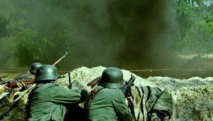 Ο Χίτλερ, ο χριστιανός στρατηγός Χαϊνρίτσι και η ΕΣΧΑΤΗ ΜΑΧΗ της Γερμανίας