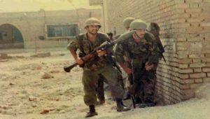 """Χοραμσάρ 1980: Οι ιρανικές """"Θερμοπύλες"""" στον πόλεμο κατά του Ιράκ (vid.)"""