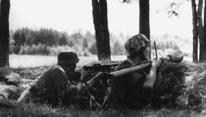 """Παλεύοντας με τα χαλύβδινα """"μεγαθήρια""""… Οι Γερμανοί πεζοί κυνηγοί αρμάτων"""