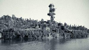 "HNLMS ""A. Crijnssen"": Όταν ένα πλοίο έγινε ""νησί"" για να γλιτώσει απ' τον εχθρό…"