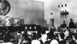 «Δίκη των 21»… Να γιατί δεν έτρωγαν βούτυρο και αυγά οι Σοβιετικοί (vid.)