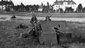 Λβοφ – 1939: ΓΕΡΜΑΝΟΙ & ΣΟΒΙΕΤΙΚΟΙ πολεμούν ΜΑΖΙ, κατά των ηρωικών Πολωνών