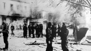 Γερμανός ιστορικός – Β' ΠΠ: Καταστροφή και υλική λεηλασία της Ελλάδας