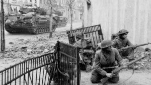 Αμβούργο 1945: Οι Γερμανοί πολεμούν φανατισμένα ως το τέλος (vid.)
