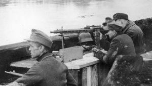 """Ο στρατηγός δεν """"μάσαγε"""" από Χίτλερ… ο μαχητής συνταγματάρχης δεν έφυγε"""